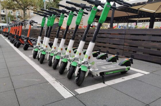 E-Scooter Safety Is Up For Debate in Chicago
